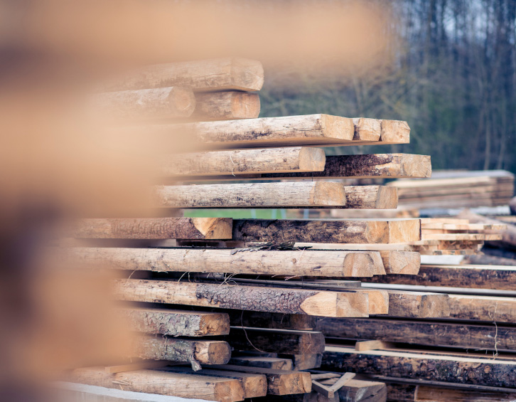 Firewood & Lumber | Tree Services White Lake MI | Big Guys Tree Service - iStock_000089866125_Small